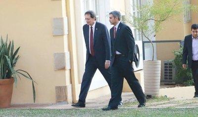 EEUU y la OEA felicitan a Mario Abdo