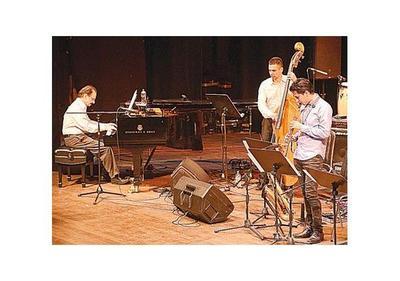 Magistral noche de big bands se vivió en el Teatro Municipal