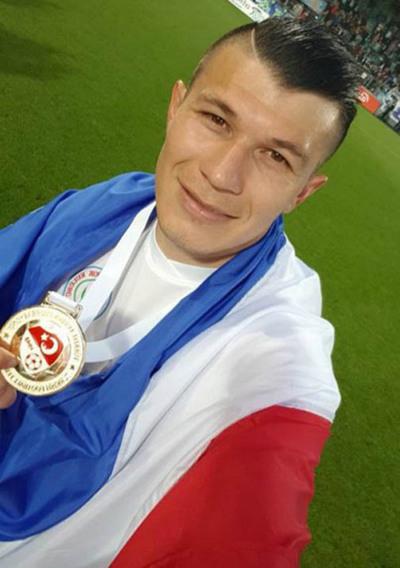 Esteño es campeón y goleador en Turquía