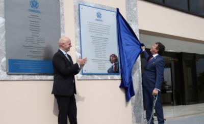 HOY / Presidente de FIFA inaugura mejoras en la sede de CONMEBOL