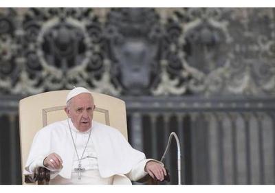Todos los obispos chilenos presentan su renuncia al Papa