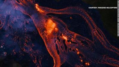 La lava de volcán en Hawai llega al Pacífico y genera peligro