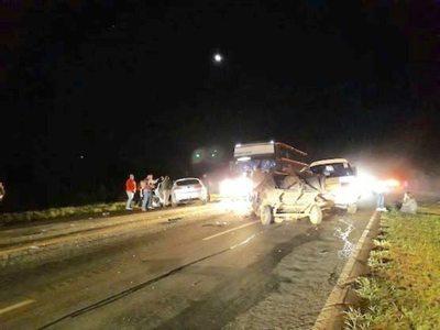 Un muerto y heridos: Grupo Despertar se salvó de milagro de tragedia rutera
