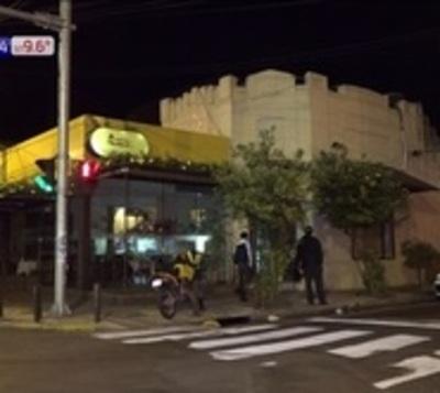 Roban panadería de Asunción
