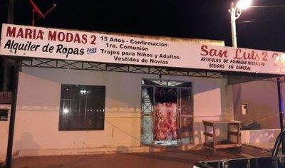 Acribillan a tiros a una mujer dentro de su local comercial
