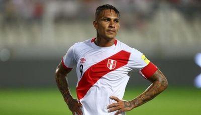 FIFA confirma que va a recibir a Guerrero