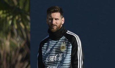 Messi llega a Argentina para entrenar de cara al Mundial