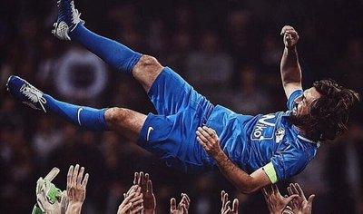 El fútbol rindió último tributo a Andrea Pirlo