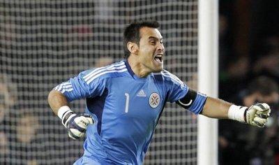 Justo Villar se despide del arco albirrojo tras 19 años