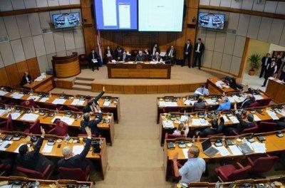 Senado levanta sesión por falta de cuórum