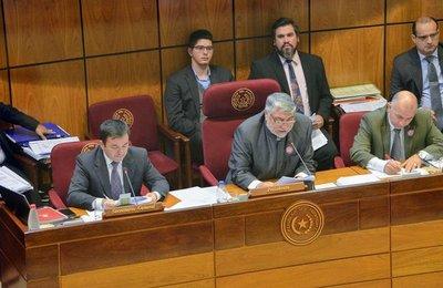 Crean comisión bicameral para investigar caso Messer
