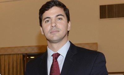 """Santiago Peña """"plantó"""" a estudiantes en la UNE"""