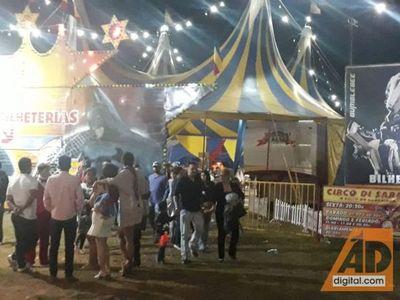 Pánico en circo en noche de domingo por acción de la Policía Federal