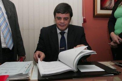 Corte acepta renuncia del juez Hugo Sosa Pasmor