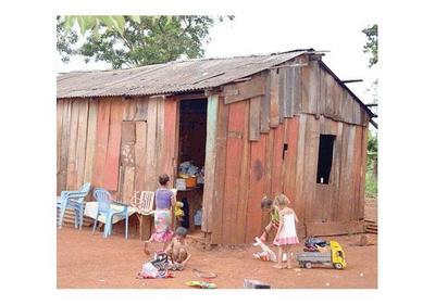 Pobreza y exclusión amenazan a la mitad de niños del mundo