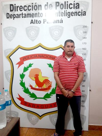 """""""Especialista"""" en atracos a comercios es capturado por agentes policiales"""