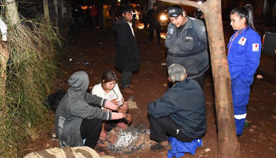 Ola de frío en CDE: asisten a  personas en situación de calle