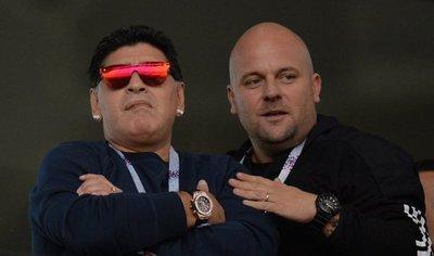Maradona critica a Sampaoli y dice jugando así no puede volver a Argentina