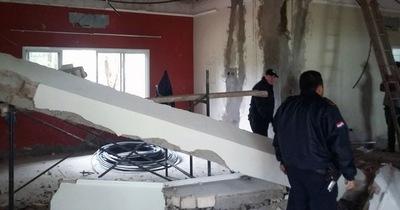Obrero muere aplastado por una viga de concreto