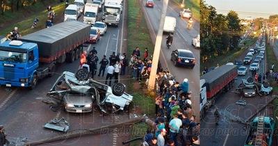 Cuatro heridos en aparatoso accidente sobre la ruta 7