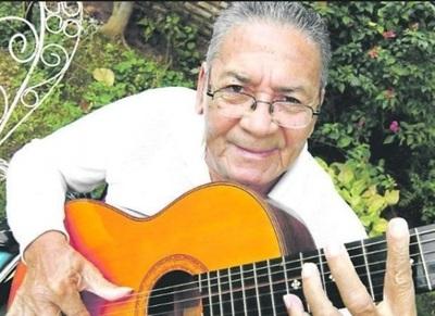 Fallece El Guitarrista Efrén Kamba'i Echeverría