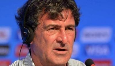 """HOY / Kempes tilde de """"tonterías"""" las comparaciones entre Messi y Maradona"""