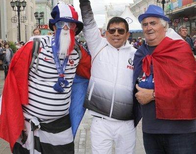 Francia-Perú, a las 11:00