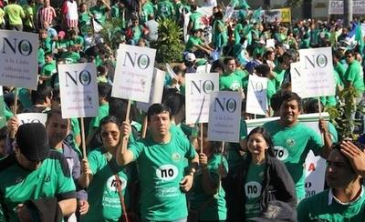 """HOY / Cooperativistas: """"Socios no retiraban sus créditos al ver el IVA que tenían que pagar"""""""