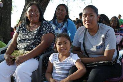 Programas sociales llegan a más de 400 comunidades indígenas