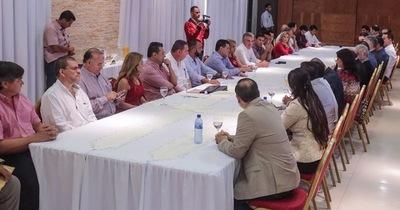 Intendenta de CDE pide tributo único para el régimen de turismo