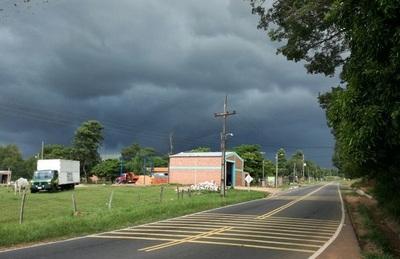 Meteorología amplía alerta por lluvias y tormentas