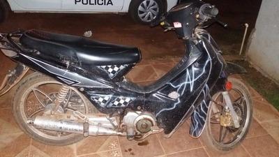 Recuperan moto robada en poder de un menor