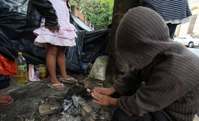 HOY / Niños en situación de calle reciben asistencia en albergues transitorios