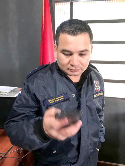 Abogado denuncia a policía por presunto pedido de coima
