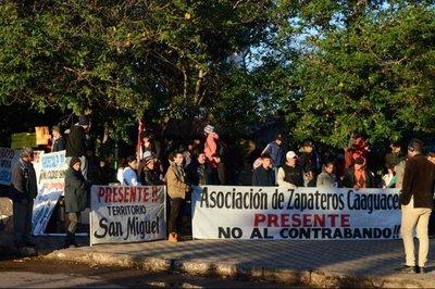 Zapateros piden freno al ingreso de productos de contrabando