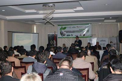 Buscan promover educación agraria