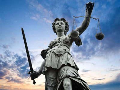 Funcionaria judicial fue imputada por hurtar prendas de vestir