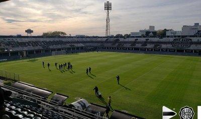 Medida y capacidad de los estadios de Primera