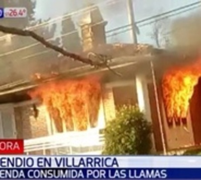Voraz incendio consumió vivienda en Villarrica