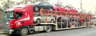Pretenden reducir antigüedad de vehículos usados importados