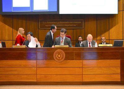 Congreso dilata enviar informe sobre denuncia contra Lugo