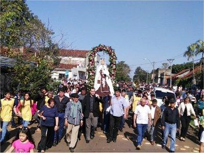 Multitudinaria celebración patronal en Carmen del Paraná