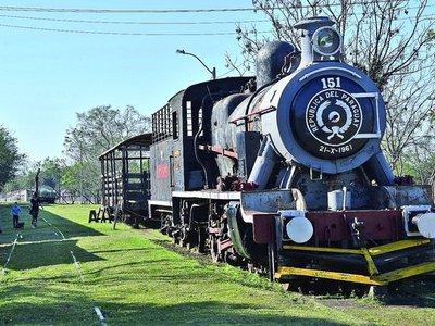 A 108 años de  fundación de Sapucái, el silencio reina en cementerio de trenes