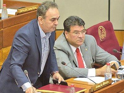 "Cartismo critica ""canje"" de Nicanor por cargo en la EBY"