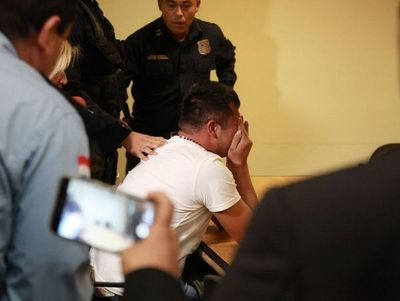 Familiares del policía condenado piden su libertad