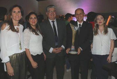 Banco Basa, premio al Mejor Stand de Servicios Bancarios, Cooperativos y Financieros de la Expo 2018