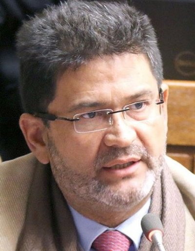 """Defienden a Ibáñez para evitar """"efecto cascada"""""""