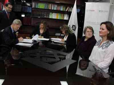 Fiscalía General del Estado firmó convenio con USAID