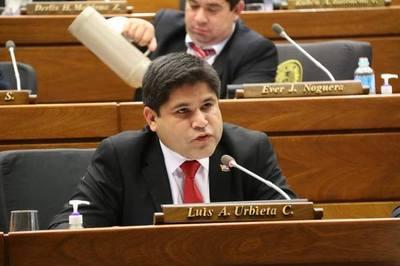 Desesperado: El diputado Luis Urbieta recurre a ofensas