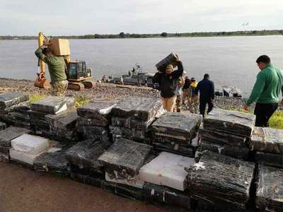 Interceptan lanchones con marihuana en el río Paraguay